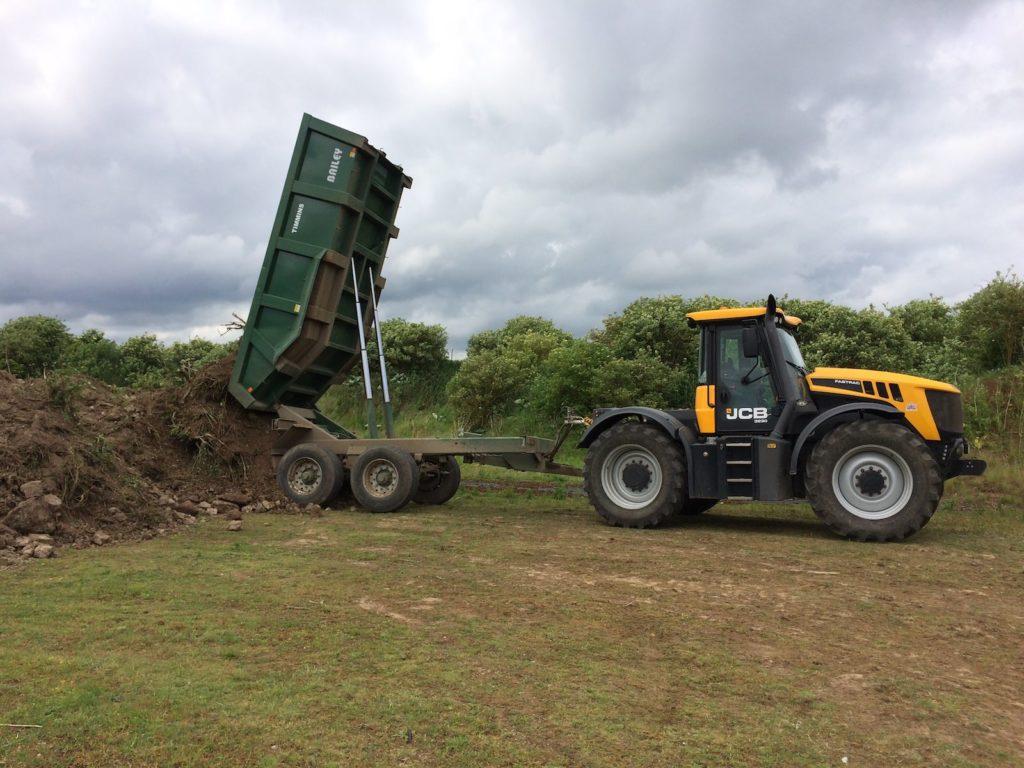 JCB fastrac and dumper K W Timmins Lincolnshire