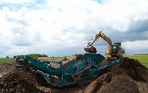 Concrete crushing and Power Screen K W Timmins Lincolnshire screening